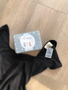 Body Sézane et boite pour emballage de cadeau de Noël chez Brocki.ch